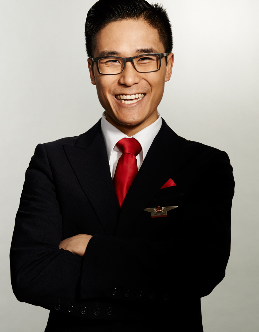 Delta_Airlines_CabinAttendent_Asian_Man